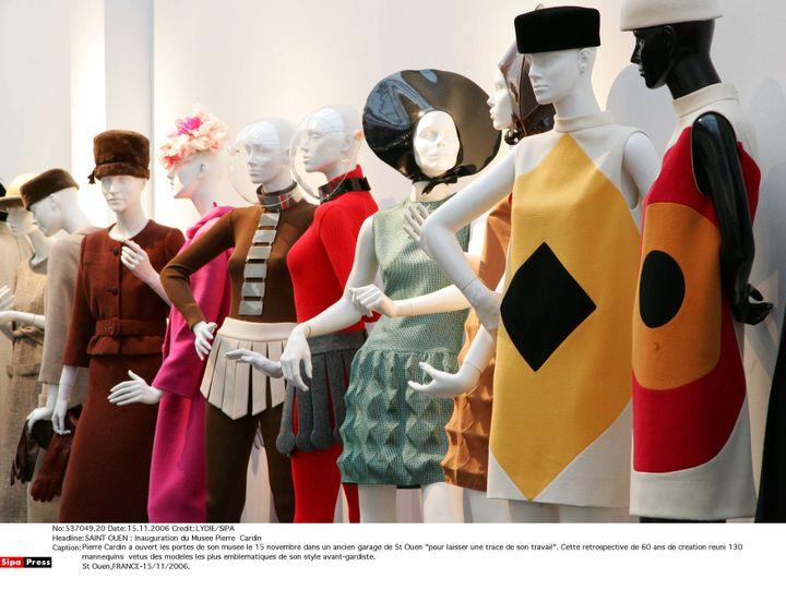 Le musée Pierre Cardin retrace des années de créationà travers des pièces devenues incontournables. (LYDIE/SIPA)