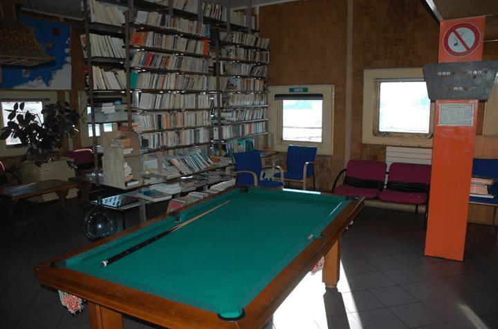 La bibliothèque de la base Dumont-d'Urville, en 2005. (LOÏC ANDRE)