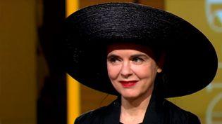 Amélie Nothomb, invitée de 20h30 le dimanche  (France 2 Culturebox - capture d'écran)