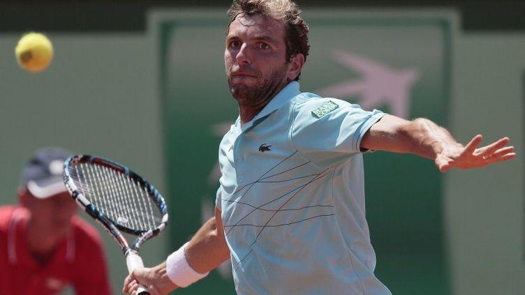 Le Français Julien Benneteau, éliminé au troisième tour de Roland-Garros, le 2 juin 2012. (JACQUES DEMARTHON / AFP)