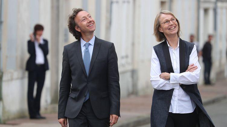 Stéphane Bern et la ministre de la Culture Françoise Nyssen lors d'une visite à Rochefort (Charente-Maritime), le 14 juin 2018. (MAXPPP)