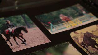 La parole se libère dans le monde de l'équitation. Deux cavalières ont vécu le même traumatisme, victimes d'agressions sexuelles de la part de leur entraîneur. Toutes les deux ont porté plainte. (FRANCE 3)