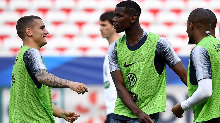 Les Bleus à l'entraînement avant France Italie (FRANCK FIFE / AFP)