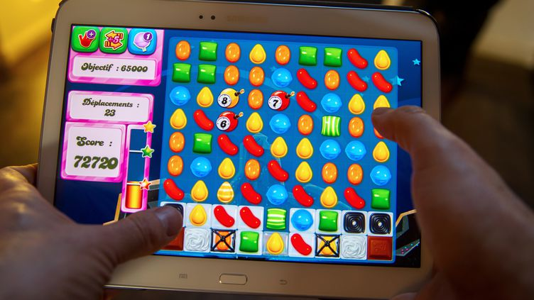 """""""Candy Crush"""" est le titre phare de l'éditeur de jeux pour mobile King. (PHILIPPE HUGUEN / AFP)"""
