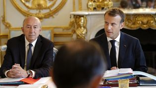 Gérard Collomb et Emmanuel Macron, lors du Conseil des ministres du 3 août 2018. (MICHEL EULER / POOL)