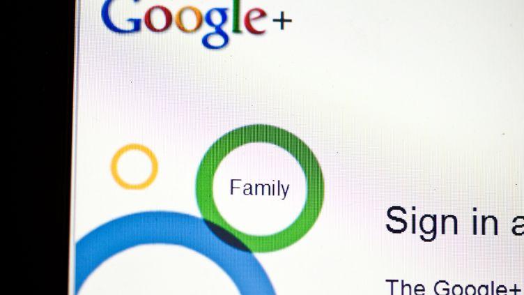 Le géant américain a annoncé lundi 8 octobre 2018 la fermeture de son réseau social Google+. (NICHOLAS KAMM / AFP)