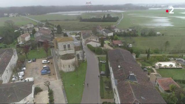 Crue en Charente-Maritime : un village se transforme en île