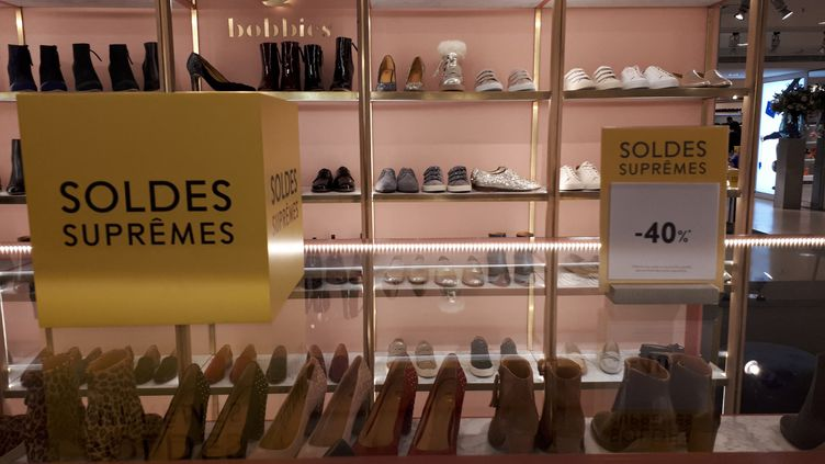 Les soldes d'hiver millésime 2019 aux Galeries Lafayette Haussmann à Paris. (SOPHIE AUVIGNE / FRANCE-INFO)