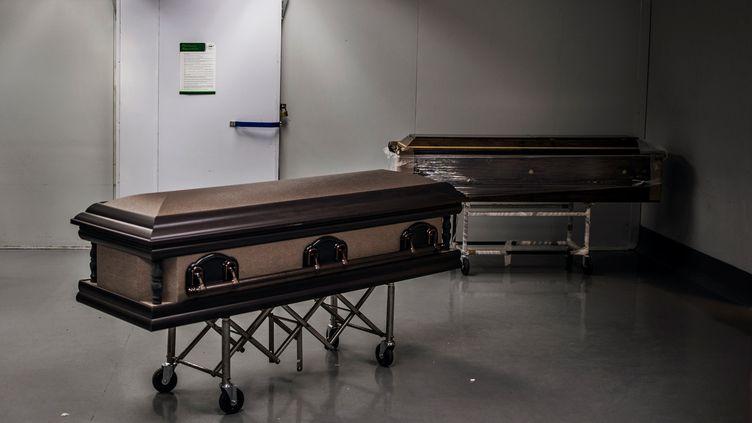 La morgue de l'entreprise funéraire Avbob à Soweto, le 21 juillet. (MARCO LONGARI / AFP)