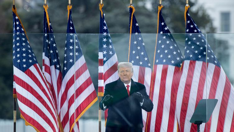 Donald Trump à l'occasion d'un meeting donné près de la Maison Blanche, à Washington, aux Etats-Unis, le 6 janvier 2021. (BRENDAN SMIALOWSKI / AFP)