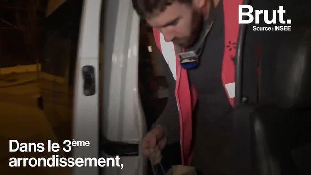 Depuis dix ans, Pierre est bénévole aux Restos du cœur. Plusieurs soirs par mois, il effectue des maraudes dans les rues de Marseille. Brut l'a suivi le temps d'une nuit.