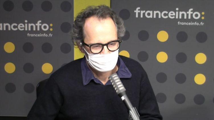"""Hugues Nancy, réalisateur de """"Charlie, le journal qui ne voulait pas mourir""""; (CAPTURE D'ECRAN DAILYMOTION)"""
