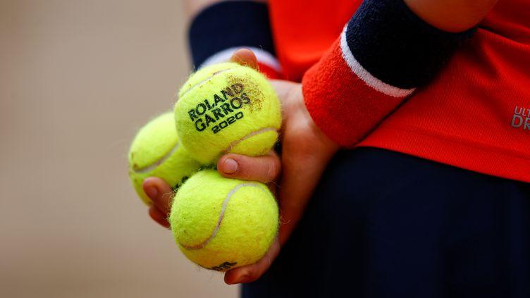 Roland-Garros a noué un nouveau partenariat pour les balles de son Grand Chelem avec Wilson pour cinq ans.  (THOMAS SAMSON / AFP)