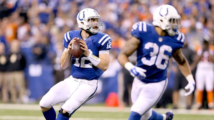 Andrew Luck, le quarterback des Colts (ANDY LYONS / GETTY IMAGES NORTH AMERICA)