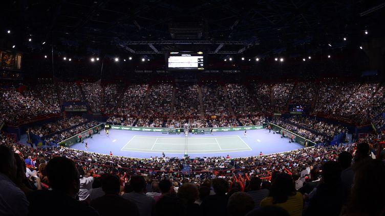 Vue d'ensemble duPalais omnisport de Bercy, à Paris, lors des Masters de tennis, le 3 novembre 2013. (JULIEN CROSNIER / DPPI MEDIA / AFP)