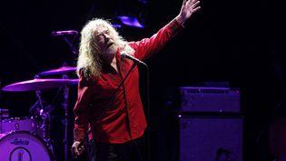 Robert Plant, chanteur de Led Zeppellin depuis sa formation en 1968 à sa dissolution en 1980, lors d'un concert solo à Madrid (Espagne), le 14 juillet 2016. (KIKO HUESCA/SIPA / EFE)