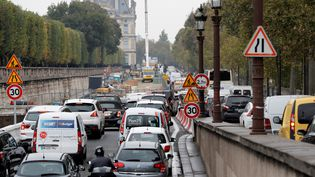 Un bouchon au Quai des Tuileries. (FRANCOIS GUILLOT / AFP)