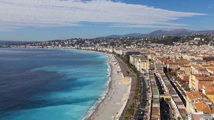 La ville de Nice (Alpes-Maritimes) accueillera le grand départ du Tour de France en 2020. (CHAPUT FRANCK / HEMIS.FR / AFP)