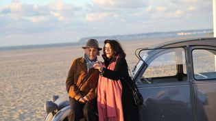 Jean-Louis Trintignant et Anouk Aimée dansLes Plus belles années d'une vie de Claude Lelouch. (Copyright Metropolitan FilmExport)