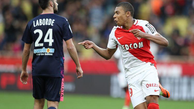 Kylian Mbappé heureux d'avoir encore marqué, contre Bordeaux (VALERY HACHE / AFP)