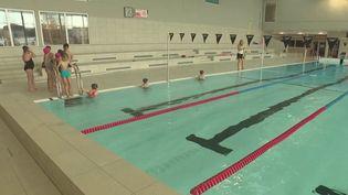Accident : apprendre gratuitement la nage aux enfants pour éviter la noyade (FRANCE 3)