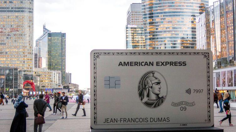 Opération publiciatire de l'entreprise American Express dans le quartier d'affaires de la Défense le 14 octobre 2019. (IP3 PRESS / MAXPPP)