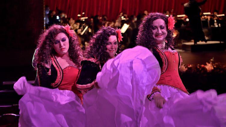 Les 3 Carmen : Justin Kim, M.N.Lemieux, Michel Fau (Stefan Brion)