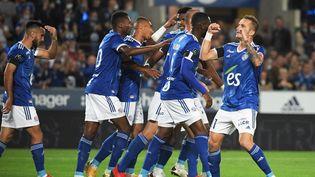 Les Strasbourgeois ont dominé sans difficulté le FC Metz lors du derby de l'Est, vendredi 17 septembre 2021. (FREDERICK FLORIN / AFP)