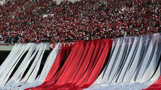 Les supporters du club algérois CRB au stade du 5 juillet lors de la finale de la Coupe d'Algérie en 2017 (BILLAL BENSALEM / NURPHOTO)