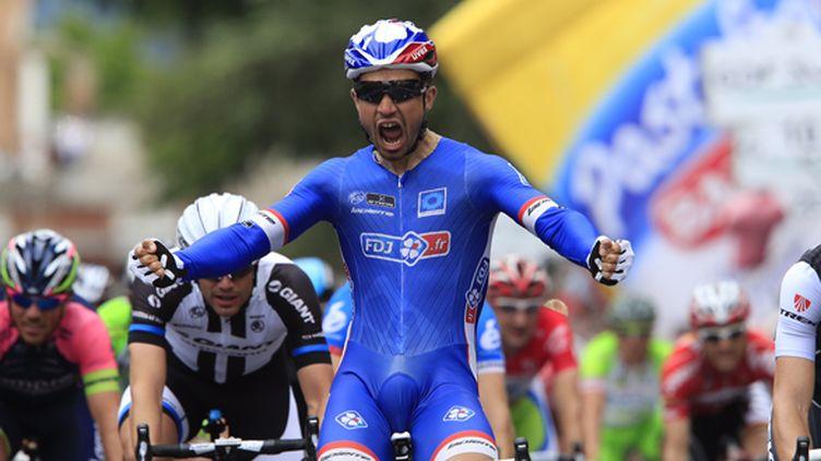 Nacer Bouhanni est le nouveau meilleur sprinteur du Giro (LUK BENIES / AFP)