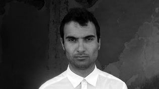 "Tigran Hamasyan dans le portrait qui illustre la pochette de l'album ""An Ancient Observer"" (sortie : 31 mars 2017)  (Elena Petrosyan)"