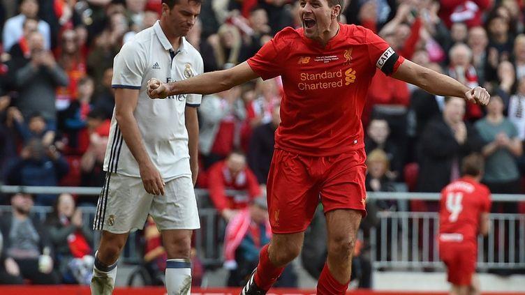 Steven Gerrard a revêtu le maillot de Liverpool le temps d'un match de charité