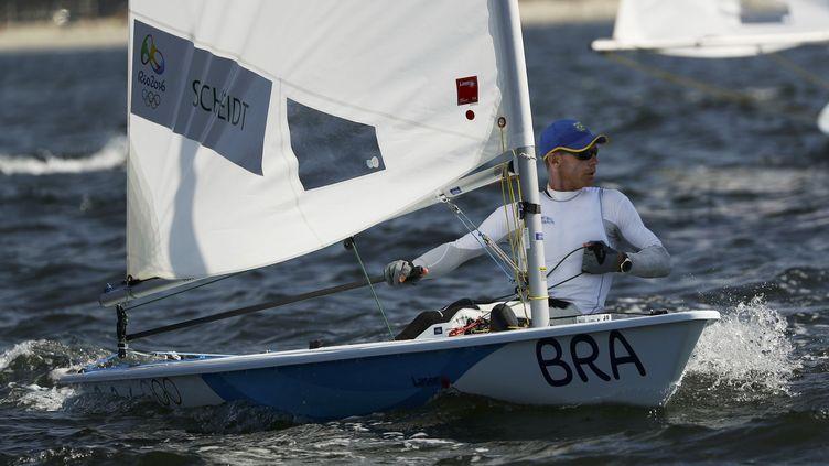 Le Brésilien Robert Scheidt. (? BRIAN SNYDER / REUTERS / X90051)