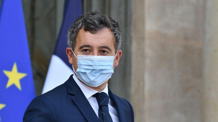 Le ministre français de l'Intérieur, Gérald Darmanin, quitte l'Elysée après le Conseil des ministres du 7octobre 2021. (DANIEL PIER / NURPHOTO)