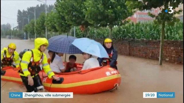 Chine : la ville de Zhengzhou submergée