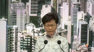 Ladirigeante de l'exécutif pro-Pékin deHong Kong, Carrie Lam, lors d'une conférence de presse à Hong Kong, le 15 juin 2019.  (VERNON YUEN / NURPHOTO)