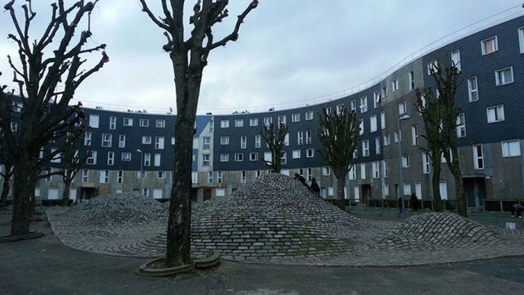 (Le quartier de la Grande Borne, à Grigny dans l'Essonne, compte quelque 12.000 habitants © RADIO FRANCE/Benjamin Illy)