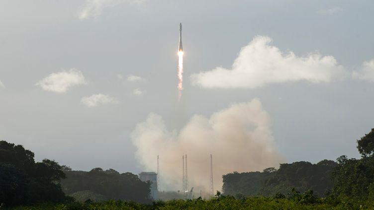 Le Vol Soyouz VS14 - le premier de 2016 - a mis en orbite le satellite Sentinel-1B du programme Copernicus, pour le compte de la Commission Européenne dans le cadre d'un contrat avec l'Agence Spatiale Européenne (ESA), lundi 25 avril. (G BARBASTE / AFP)