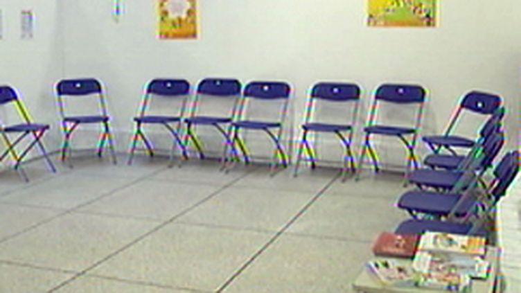 Un centre de vaccination contre la grippe A, dans les Hauts-de-Seine (F2)