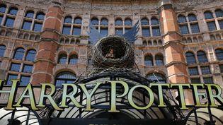 """Le Palace Theatre à Londres où se déroulent les répétitions d'""""Harry Potter et l'enfant maudit""""  (DANIEL LEAL-OLIVAS / AFP)"""
