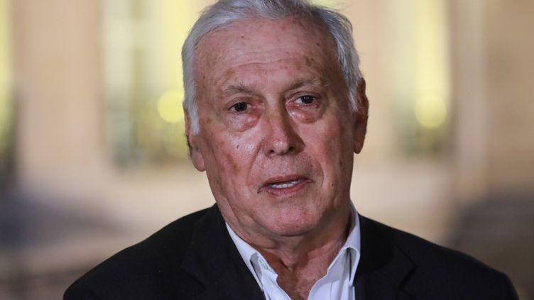 Le professeur Jean-François Defraissy au sortir d'une réunion sur le coronavirus à l'Elysée, à Paris, le 5 mars 2020. (LUDOVIC MARIN / AFP)