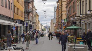 ÀStockholm en Suède, les trottinettes électriques ne font pas l'unanimité. (TOM LITTLE / AFP)