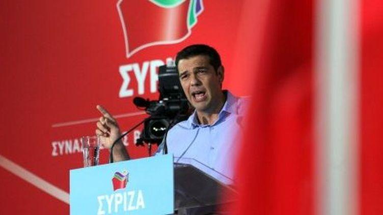 Le leader de Syriza, Alexis Tsipras, lors d'un meeting en 2013. (SAKIS MITROLIDIS)