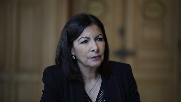 Anne Hidalgo, la maire (PS) de Paris, dans son bureau de l'Hôtel de ville, le 24 janvier 2019. (MAXPPP)
