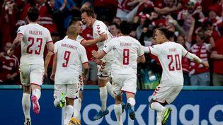 Le Danemarkest remonté à la deuxième place du groupe B avec sa victoire lundi 21 juin contre la Russie. (DMITRIY GOLUBOVICH / ANADOLU AGENCY)