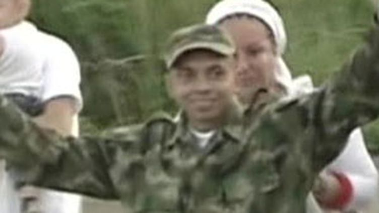 Le sergent Pablo Emilio Moncayo, 31 ans, vient d'être libéré par les FARC après 12 ans de captivité (France 2)