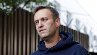 L'opposant russe Alexei Navalny, à Moscou, le 23 août 2019. (EVGENIA NOVOZHENINA / REUTERS)
