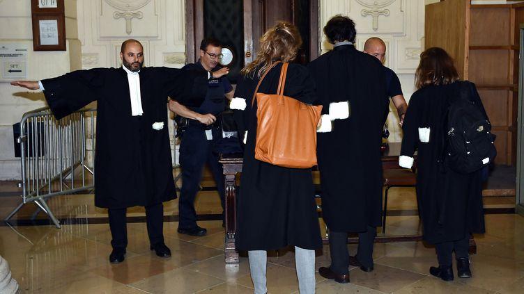 Une audience devant un tribunal de Bruxelles (Belgique), mardi 26 septembre 2017, destinée à fixer le calendrier du procès de la fusillade de de Forest, commise en mars 2016. (ERIC LALMAND / BELGA)