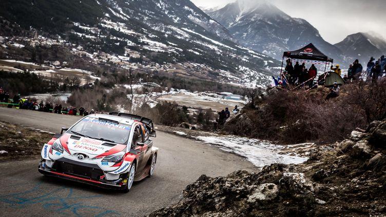 Sébastien Ogier (Toyota) à l'assaut du Monte Carlo (THOMAS FENETRE / DPPI MEDIA)
