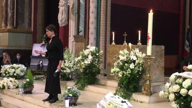 Catherine Ringer chante aux obsèques de Juliette Greco